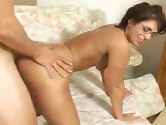 Blowjob Brunette Cumshot Old and Young Pornstar