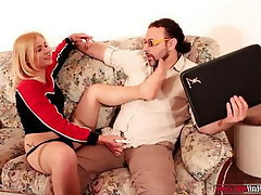 Cumshot Femdom Foot Fetish Footjob